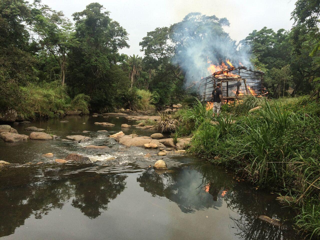 Hut Burn Lima